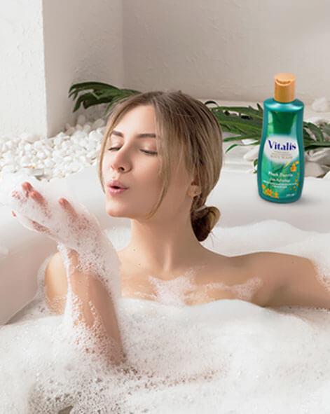 Serunya #MandiParfum dengan sabun mandi Vitalis untuk Menjaga Mood Selama #DiRumahAja