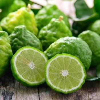 Sensasi Aroma Istimewa Natural Essential Oil dalam Vitalis Eau De Naturel